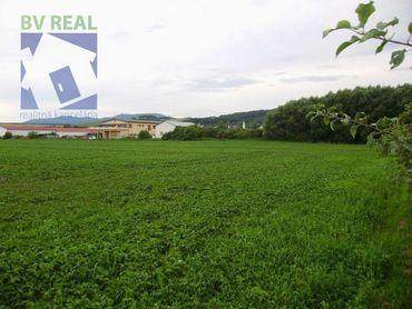 BV REAL predaj pozemok 1015 m2, Prievidza 78037