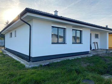 TRNAVA REALITY - 100% FINANCOVANIE - Bývajte vo veľkej novostavbe s krásnym veľkým pozemkom 610m2 v