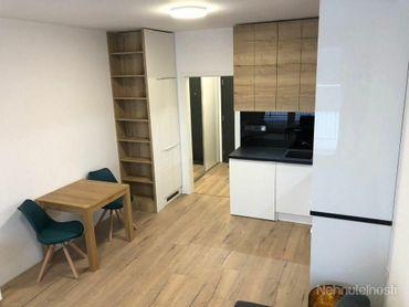 Krásny nový 1-izb s veľkou terasou + parking, novostavba, Petržalka city
