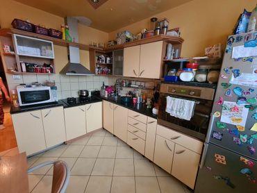 REZERVOVANÉ. 4 izbový byt 82 m2, 8/8 p., lóggia, Budapeštianska ul., Košice - Sever, sídlisko Nové Ť