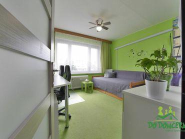 3-izbový byt s balkónom a priestranným šatníkom Sládkovičova, Banská Bystrica