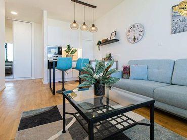 Moderne zariadený 2-izbový byt v novostavbe PROXENTA + parking