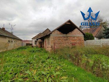 POZEMOK BLÍZKO CENTRA ! TRNAVSKÁ UL., PEZINOK, pozemok vhodný  na menší domček, VG