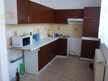 EXKLUZÍVNA PONUKA *** Na predaj Trojizbový byt Ilava, ul. Medňanská