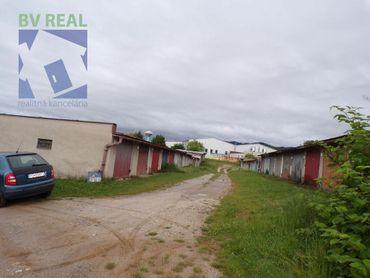 BV REAL Na predaj garáž 20 m2 s montážnou jamou Prievidza 70161