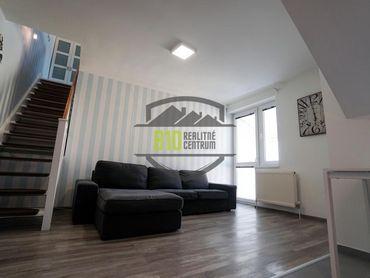 Rezervované - 2 izbový vkusný MEZONET,  jedinečné bývanie v TEHLOVEJ bytovke, ideálny štartovací ale