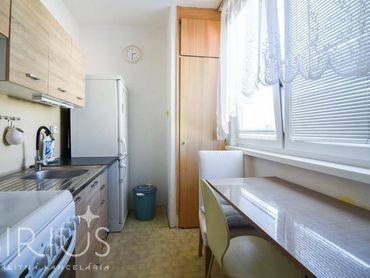 BODROCKÁ, 1-i byt, 37 m2 – orientácia do vnútrobloku, množstvo zelene