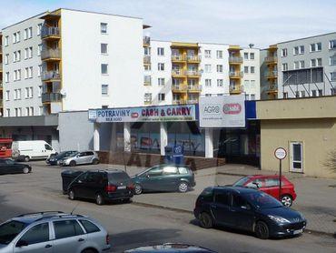 Obchodné a skladové  priestory na prenájom, ul. I.Houdeka, Ružomberok