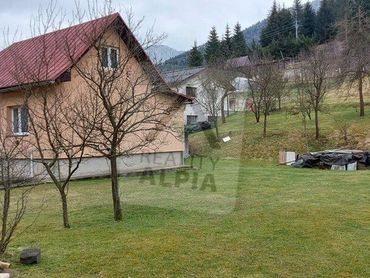 Rodinný dom s veľkým pozemkom / 3100 m2 / Terchová - Biely Potok
