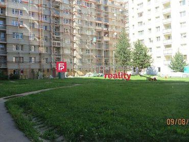 na predaj 3 izbový byt Prešov,  Sibírska.  Plocha: úžitková 72m2.