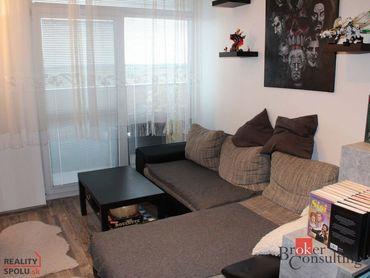 Na predaj Senec - 2 izbový byt s parkovacím miestom a s veľkým balkónom