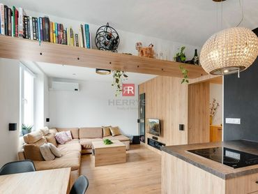 HERRYS - Na predaj krásny 2 izbový byt po kompletnej rekonštrukcii v tehlovom bytovom dome