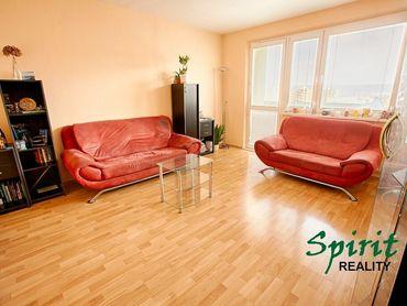 Ponúkame na PREDAJ PRIESTRENNÝ 1 izb. byt v Devínskej Novej Vsi