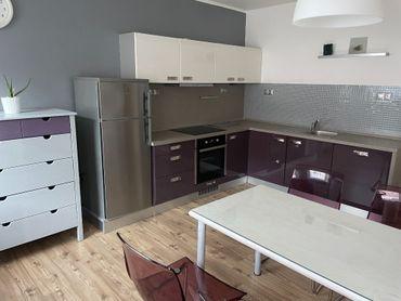 Priestranný mezonetový byt v dvojdome /90 m2/