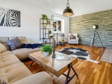 Jedinečné bývanie so všetkými výhodami v 5 izbovom rodinnom dome s vlastným wellnessom, Spiegelsal