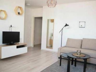 GROSSLINGOVA - svetlý, vkusne zrekonštruovaný byt