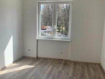 Trenčín gen. M. R. Štefánika 1 izbový byt na predaj