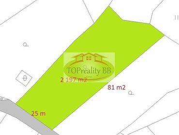 Investícia  - Slnečný  pozemok  2 197 m2, 25 m x 81 m, 20 km od Banskej Bystrice - cena  108 000 €