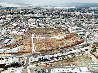 Pozemok /63 223m2 /v priemyselnej zóne Prievidza