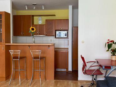 2-izbový byt s balkónom na prenájom Ružinov