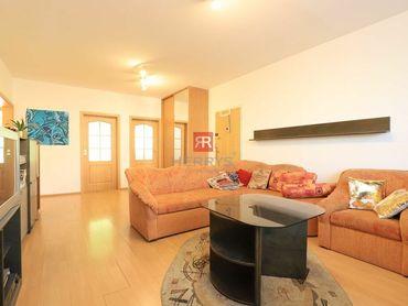 HERRYS - Na prenájom 4 izbový byt s lodžiou na začiatku Petržalky