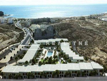 Tenerife - El Médano -  7  dvojpodlažných apartmánov