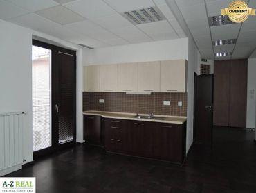Prenájom kancelárskych priestorov v širšom centre 180 m2