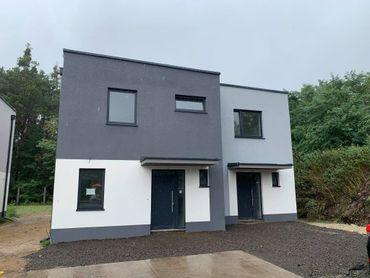 Novinka!! 4 izbový dvojpodlažný byt A sekcia 1 / 101,80 m2/ s pozemkom 240 m2 na Vampílí pri Malacká