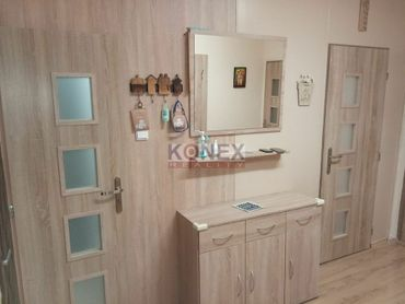 Čiastočne rekonštruovaný 4-izbový byt – Rázusova ul., Michalovce