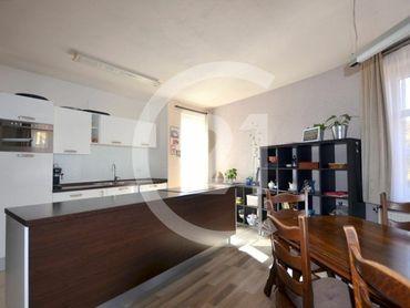 Dva štýlové byty so skvelým parkovaním v TOP LOKALITE, KE KALVÁRIA