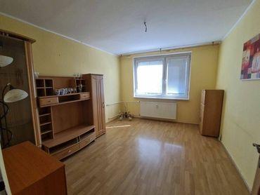 Priestranný 3.izbový byt v centre mesta Malacky
