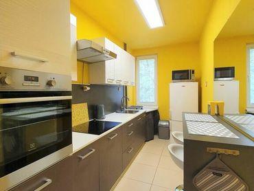 *BEZ PROVÍZIE* priestranný a zrekonštruovaný 1 izb. byt v Ružinove