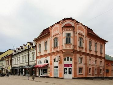 HISTORICKÁ BUDOVA V CENTRE MESTA, POPRAD