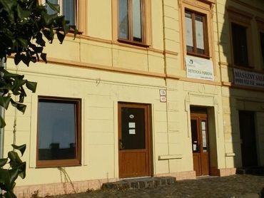 PRENÁJOM-obchodného priestoru s parkovacím miestom - Horná ulica, Banská Bystrica