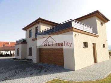 ACT REALITY: EXKLUZÍVNE: Luxusný rodinný dom Malinová, okres Prievidza, 1324 m2, 6 izieb, 7 kúpeľní
