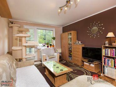 2-izbový zrekonštruovaný byt Ružomberok - Polík predaj