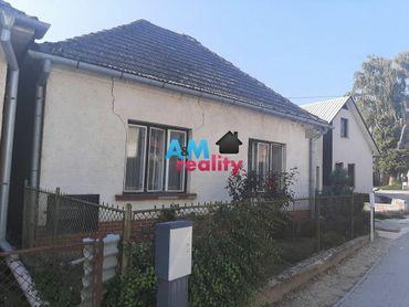 Rodinný dom v centre  Melčice Lieskové 2644 m2