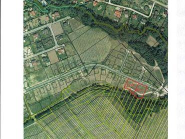 NA PREDAJ POZEMKY V LIMBACHU - 971 m2 , 1574 m2 - NA INVESTÍCIU