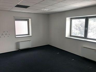Prenájom kancelárie 30 m2 Next Záhradnícka Komárno