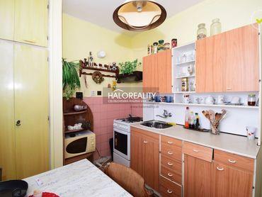 HALO reality - Predaj, dvojizbový byt Bánovce nad Bebravou, Centrum
