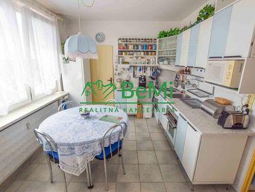 Na predaj 4-izbový byt s balkónom, Chrenová, Nitra (512-114-DZ3)