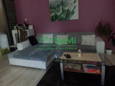 Predaj 3 - izb. bytu v Banskej Bystrici v časti Sídlisko ( 013-113-MoMi)