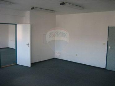 Na prenájom,  kancelárie, komerčné, obchodné priestory, 36 m2, Martin
