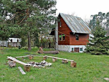 Chata v rekreačnej oblasti Vampil neďaleko Bratislavy