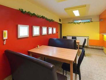 REB.sk Na prenájom kancelárie od 20 do 35 m2 v Petržalke