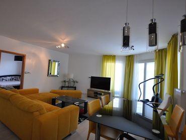 Na predaj  luxusný 4-izbový byt v obytnom dome Duna1 v Komárne