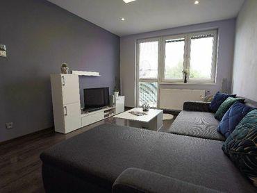 | 3-iz. byt | Kompletná rekonštrukcia | Záhrada 200 m2! | Garáž | Veľká murovaná pivnica |