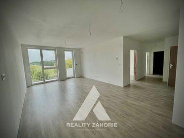 Na predaj SMART 3i byt v štandarde s terasou v Malackách