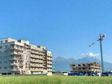 2 izbový byt s 19 m2 balkónom a s výhľadom na Vysoké Tatry