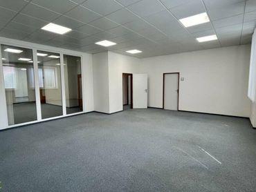 Prenájom kancelárske priestory 280 m2 s parkovaním v centre Žiliny